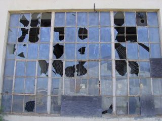 did the broken windows theory work tropics of meta wilson presented his theory in an essay