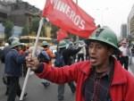 peruvian mining workers