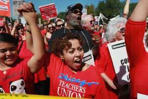 Chicago Teachers Union Holds Rally After Week of Striking