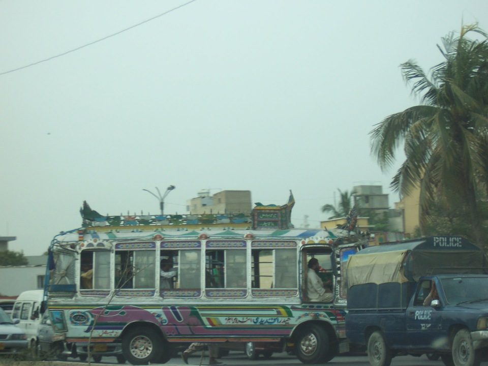 pakistan bus 1