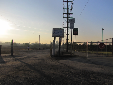 Terminus of Rush St, between the two mission sites. Photo: Alexandra María Rodríguez.