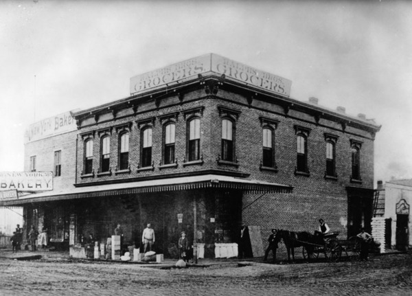 00066494_6th and Spring Streets in 1886-thumb-600x431-47486