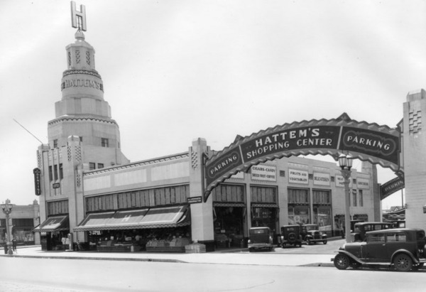 Exterior view of Hattem's Market at 8021-8035 South Vermont Avenue, 1933 | Courtesy of the Los Angeles Public Library