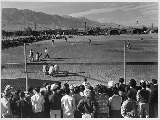 Baseball game at Manzanar War Relocation Center | Photo: Ansel Adams, courtesy of the Library of Congress