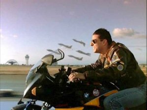 top-gun-tom-cruise-spot-the-anomaly2_t620