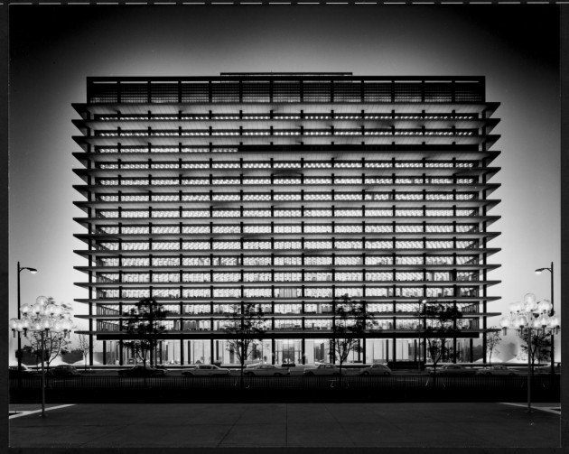 Julius Shulman's modern L.A>