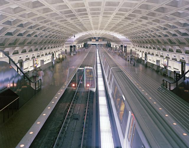 Carol M. Highsmith, Red Line Metro subway train going one way arrives to join a train about to head the other direction at Metro Center Station, a transfer station to other lines beneath downtown Washington, D.C., Carol M. Highsmith Archive, Prints and Photographs Division, Library of Congress