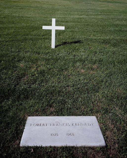 Carol M. Highsmith, Robert F. Kennedy grave in Arlington Cemetery, Arlington, Virginia, circa 1980 - 2006, Carol M. Highsmith Collection, Prints and Photographs, Library of Congress