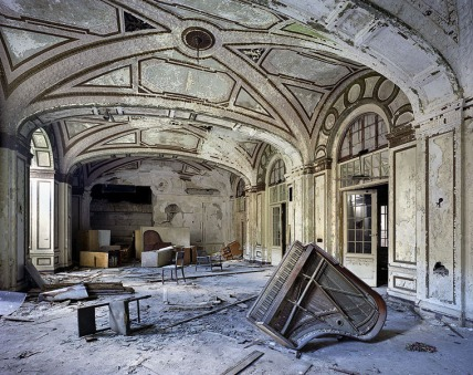 ruins-of-detroit