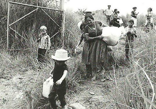el-salvador-refugees-1980s
