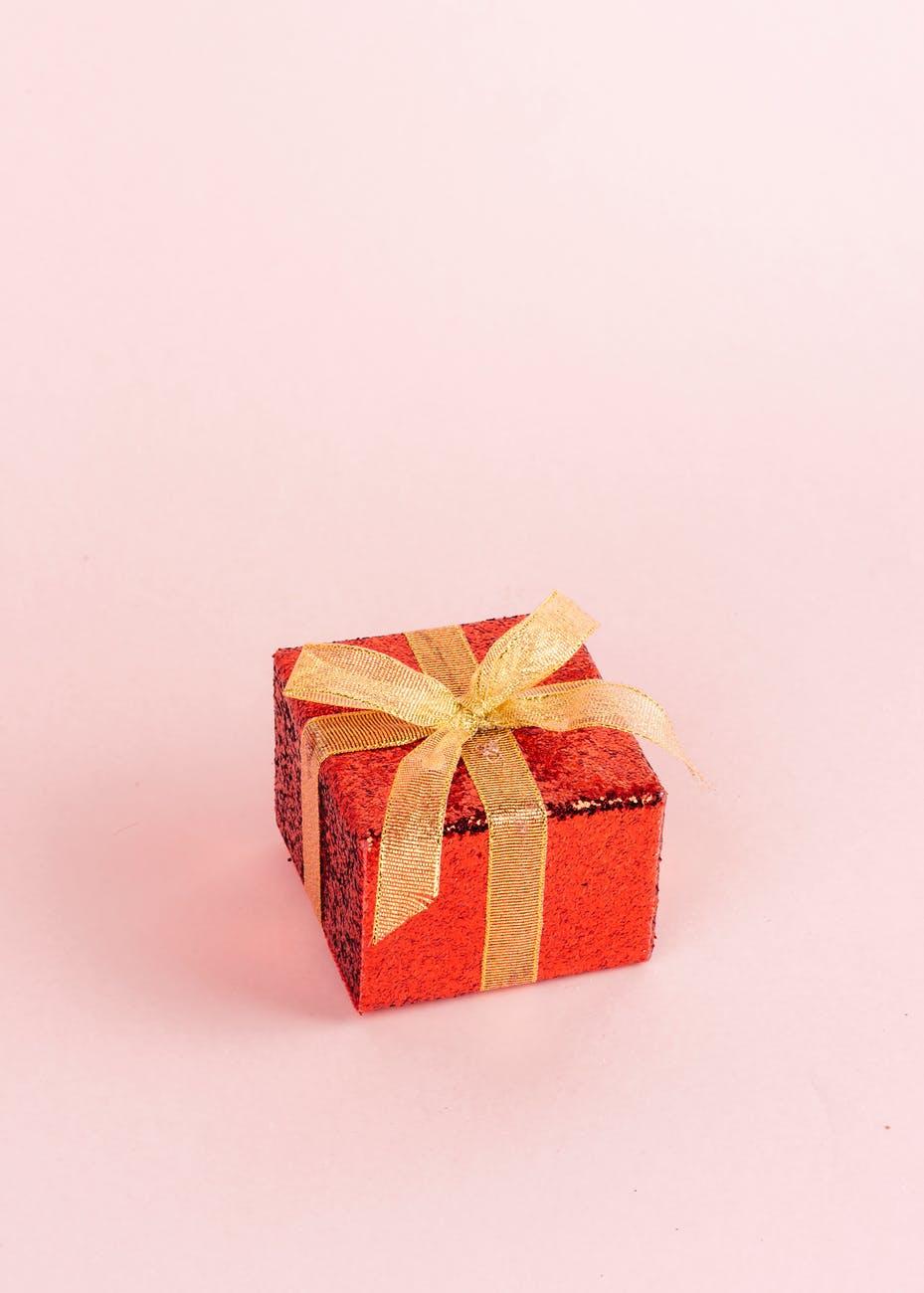 gift no hands